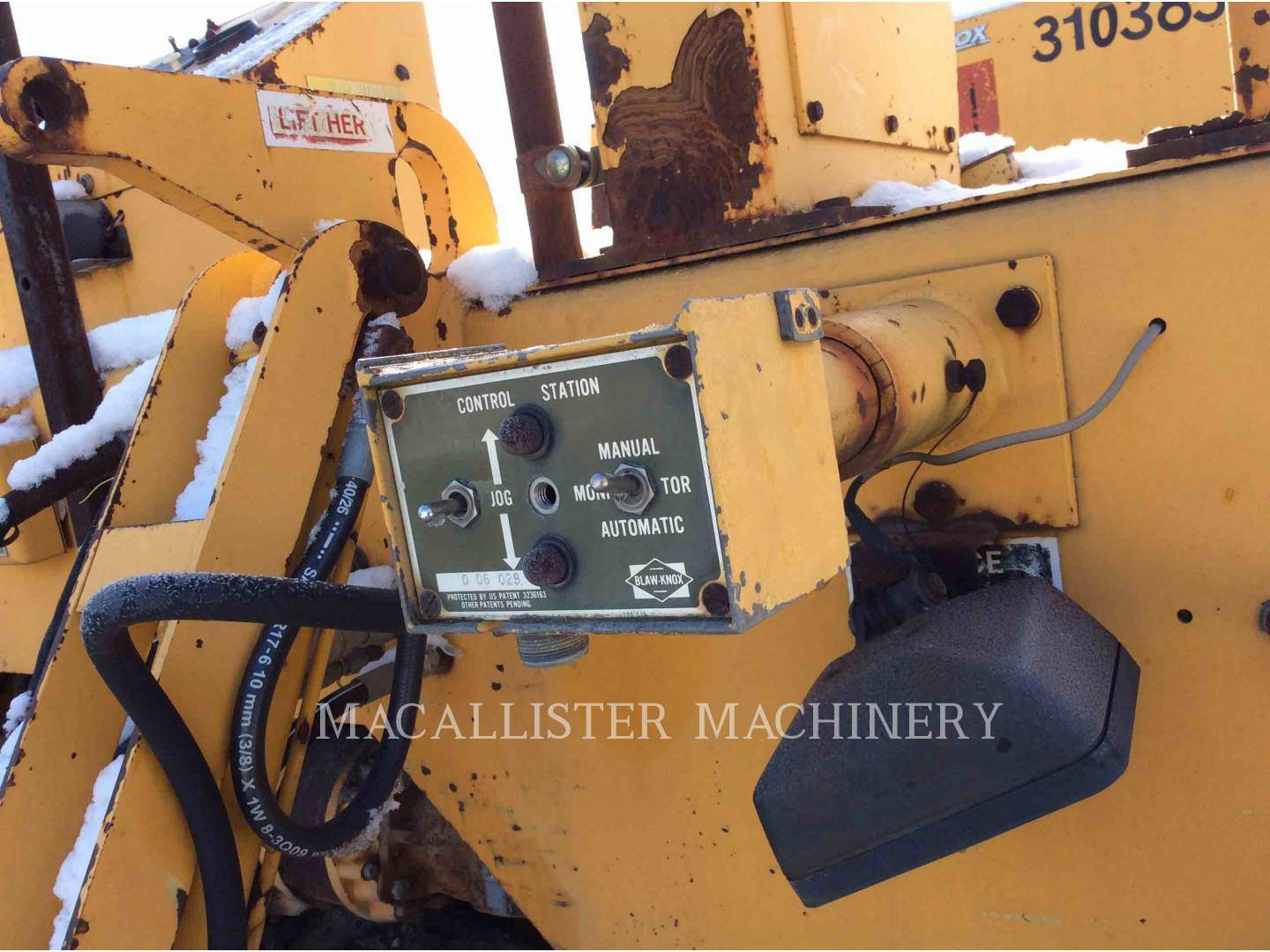 Detail photo of 1991 Blaw Knox PF-510 from Construction Equipment Guide