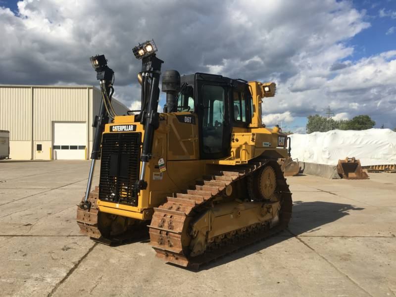 CATERPILLAR TRACK TYPE TRACTORS D6TXL equipment  photo 1