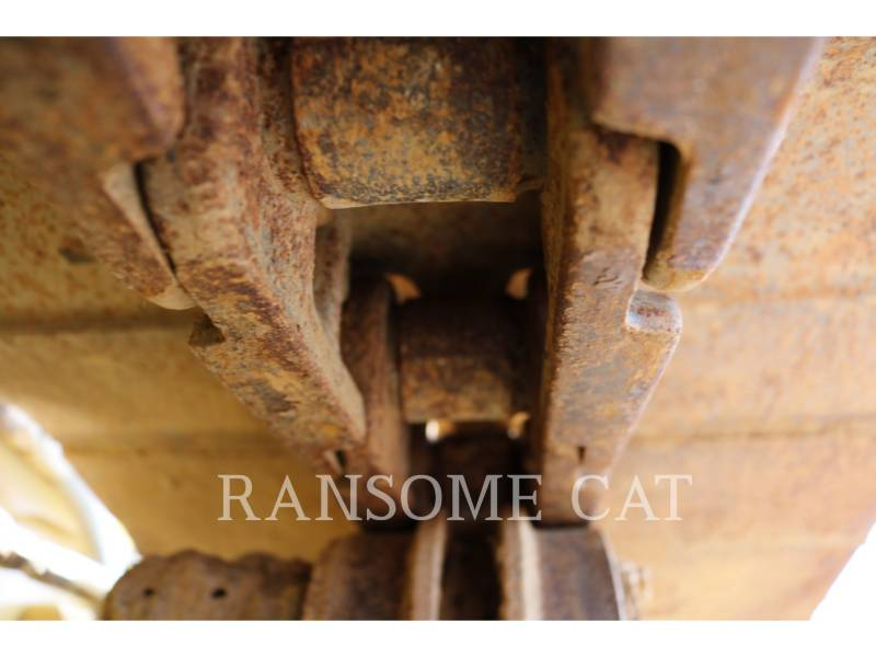 CATERPILLAR TRACTORES DE CADENAS D4K2LGP equipment  photo 11