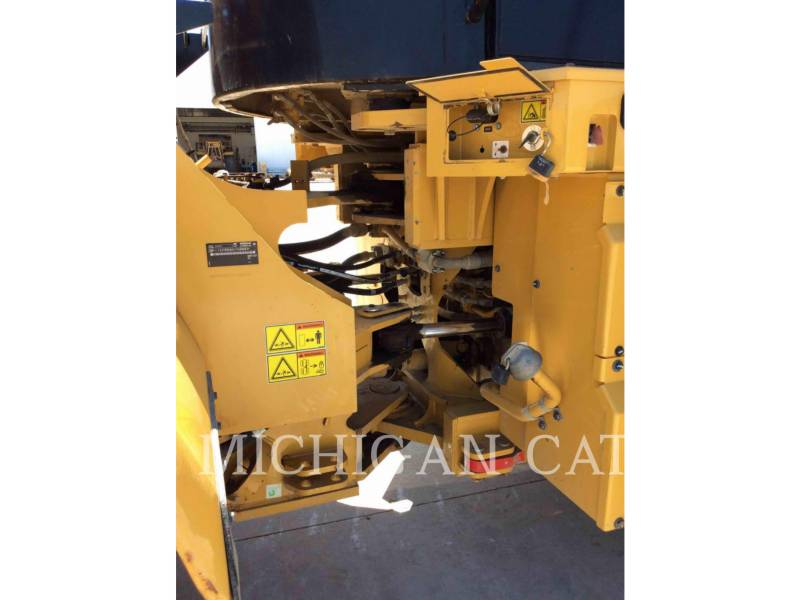 CATERPILLAR CARGADORES DE RUEDAS 966K Q equipment  photo 14