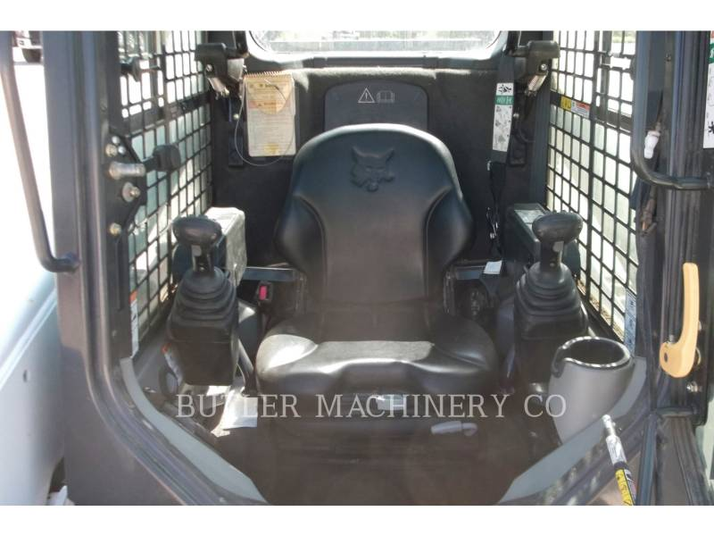 BOBCAT KOMPAKTLADER T870 equipment  photo 5