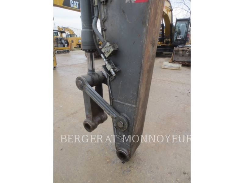 VOLVO CONSTRUCTION EQUIPMENT TRACK EXCAVATORS EC210BLC equipment  photo 17