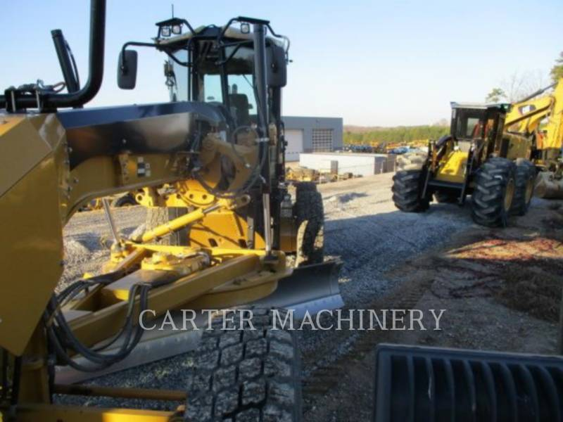 CATERPILLAR MOTOR GRADERS 12 M VHP PLUS equipment  photo 2