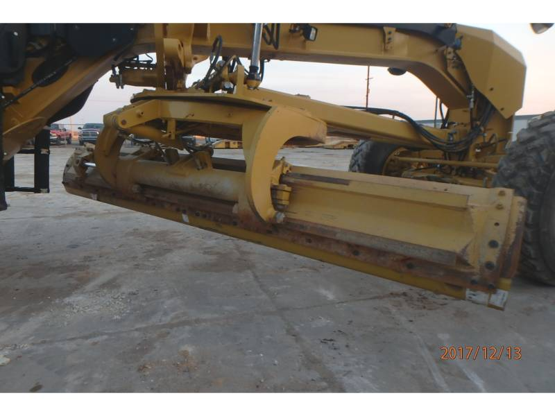 CATERPILLAR NIVELEUSES 12M2 equipment  photo 6