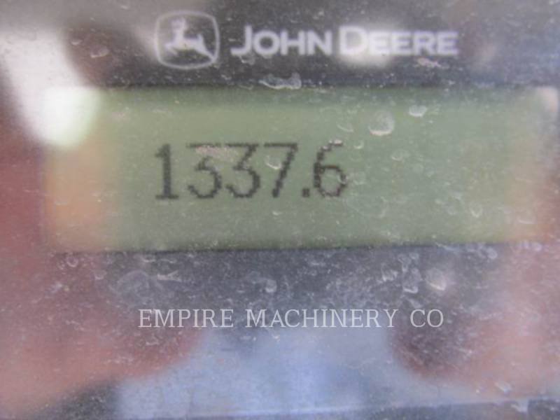 JOHN DEERE CHARGEURS COMPACTS RIGIDES 318E equipment  photo 9