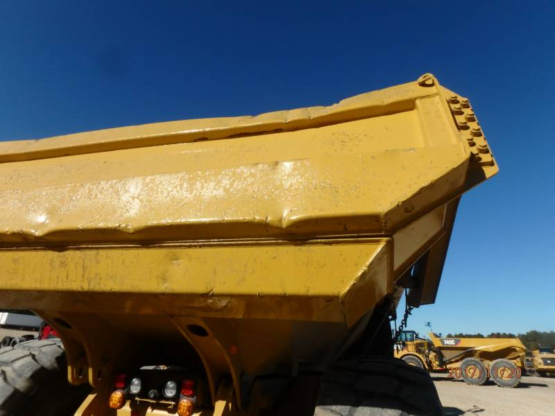 CATERPILLAR CAMIONES ARTICULADOS 745C equipment  photo 22