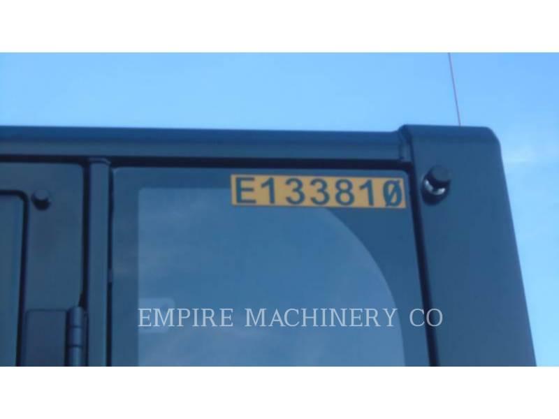 CATERPILLAR トラック油圧ショベル 323FL equipment  photo 5