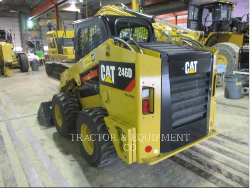 CATERPILLAR KOMPAKTLADER 246D equipment  photo 4