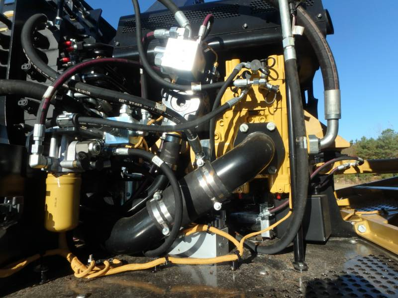 CATERPILLAR FORESTRY - FELLER BUNCHERS - TRACK 521B equipment  photo 17