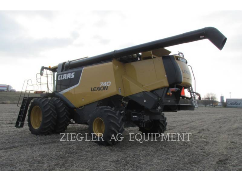 LEXION COMBINE COMBINADOS 740 equipment  photo 9