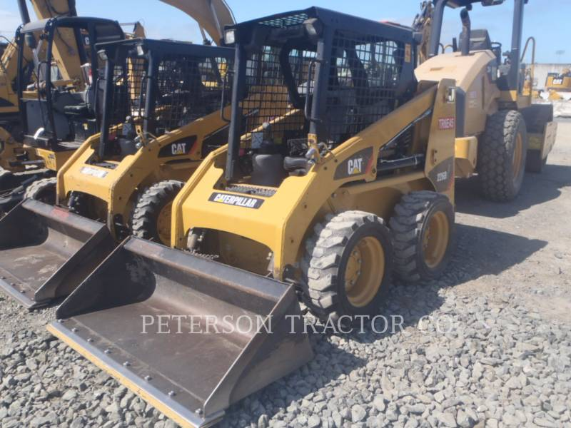 CATERPILLAR SKID STEER LOADERS 226B3 equipment  photo 1