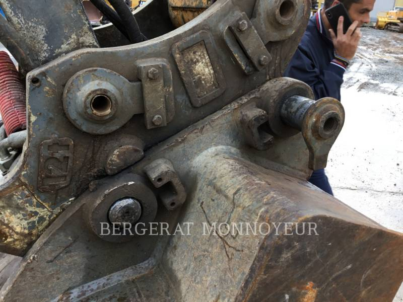 LIEBHERR KETTEN-HYDRAULIKBAGGER R906 equipment  photo 14