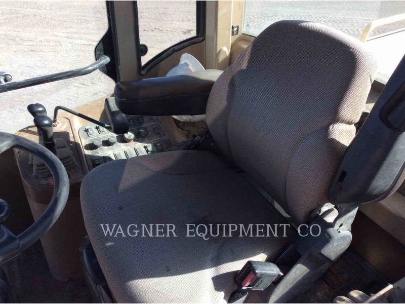 DEERE & CO. WHEEL LOADERS/INTEGRATED TOOLCARRIERS 624H equipment  photo 6