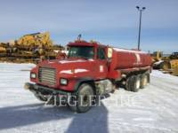 MACK OFF HIGHWAY TRUCKS RD688S equipment  photo 3