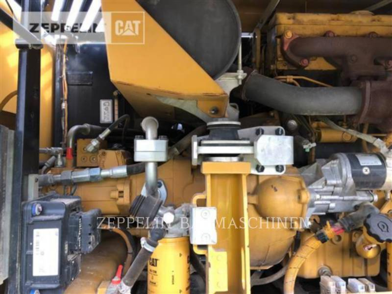 CATERPILLAR PELLES SUR PNEUS M313D equipment  photo 15