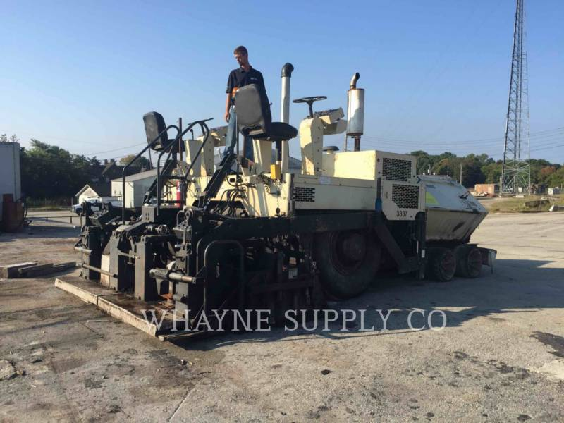BLAW KNOX / INGERSOLL-RAND ASPHALT PAVERS PF3200 equipment  photo 4