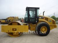 Equipment photo CATERPILLAR CS64B COMPACTADORES DE SUELOS 1