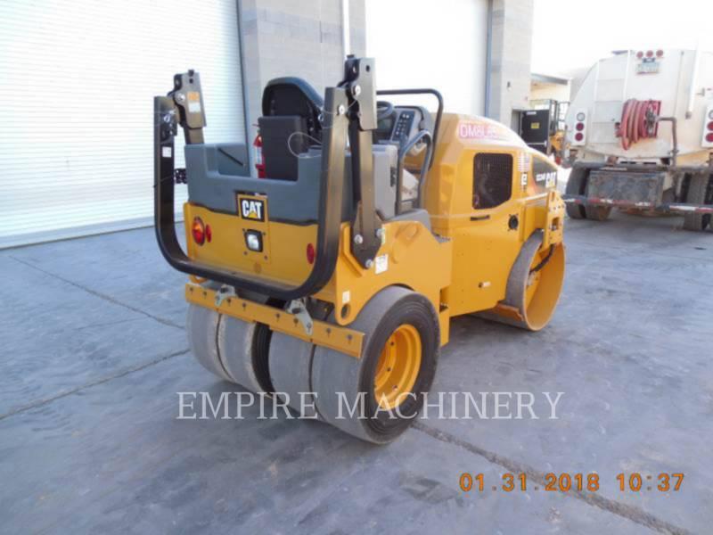 CATERPILLAR UNIVERSALWALZEN CC34B equipment  photo 2