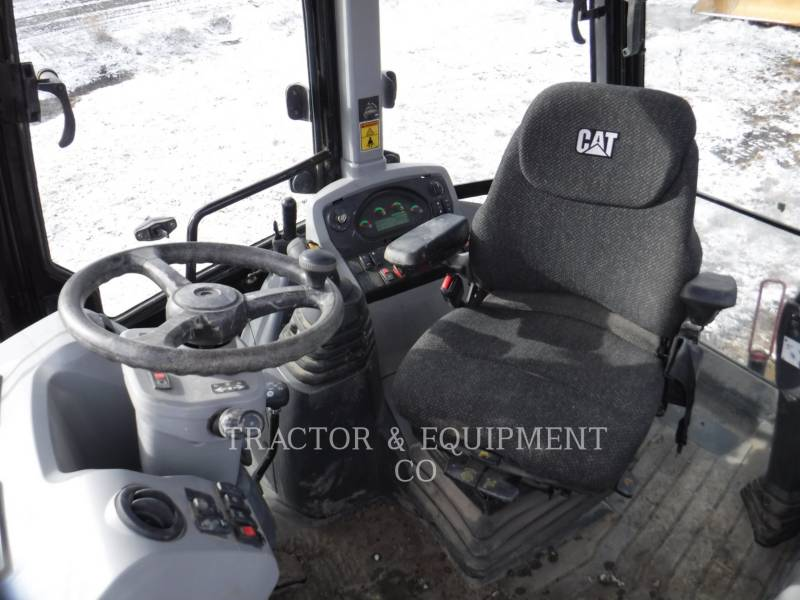 CATERPILLAR BACKHOE LOADERS 420F2IT equipment  photo 9