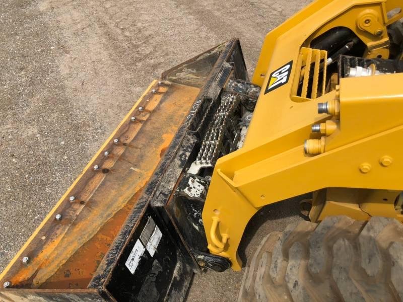 Caterpillar MINIÎNCĂRCĂTOARE RIGIDE MULTIFUNCŢIONALE 262 D equipment  photo 17