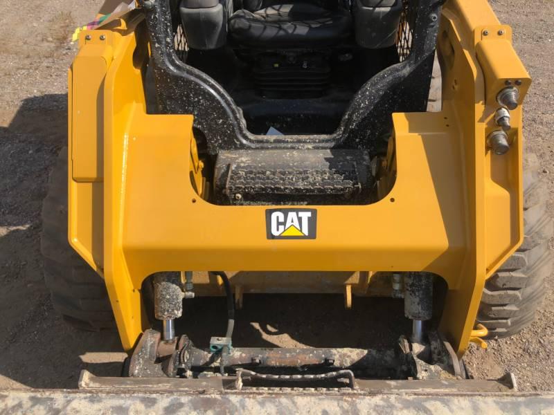 CATERPILLAR KOMPAKTLADER 236 D equipment  photo 12