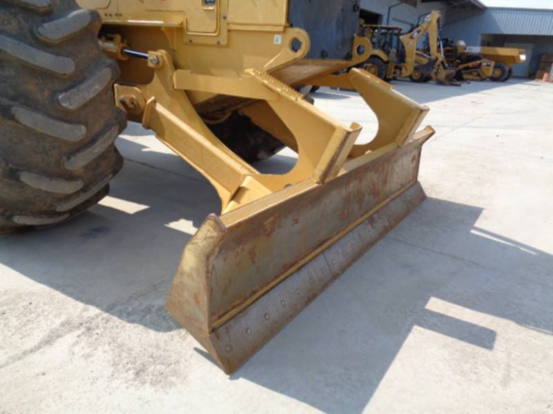 Caterpillar SILVICULTURĂ – EXCAVATOR FORESTIER 545D equipment  photo 22