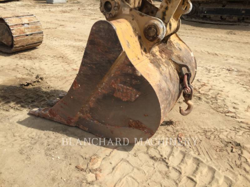 CATERPILLAR TRACK EXCAVATORS 329E equipment  photo 9