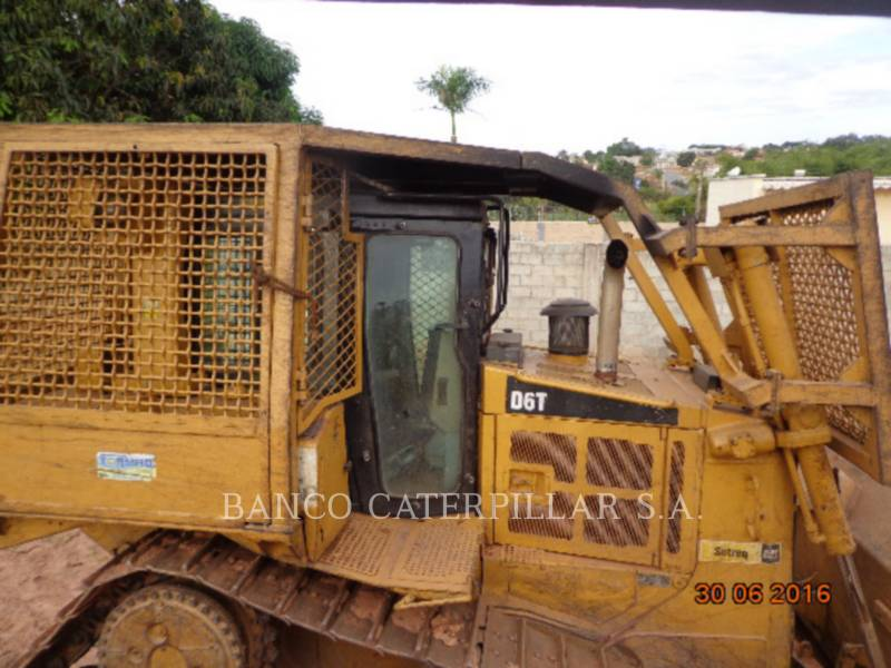 CATERPILLAR ブルドーザ D6T equipment  photo 8