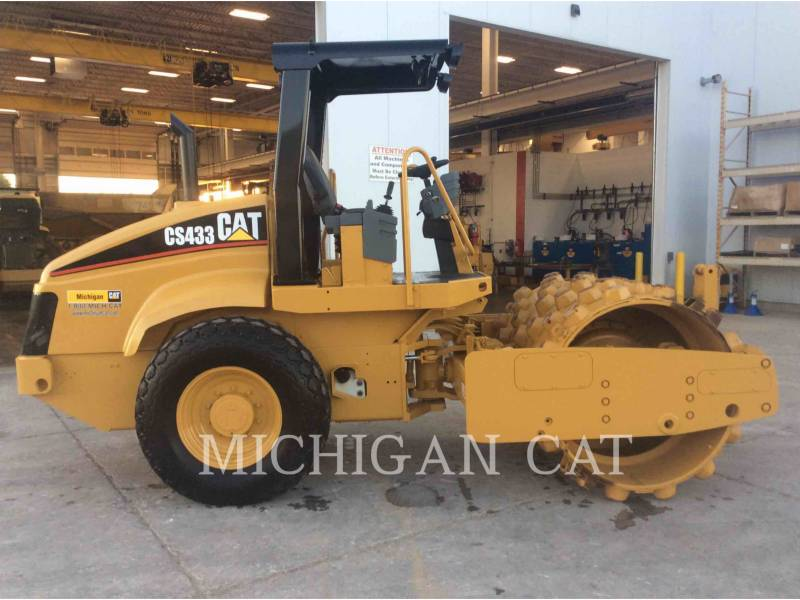 CATERPILLAR EINZELVIBRATIONSWALZE, GLATTBANDAGE CS-433E equipment  photo 5