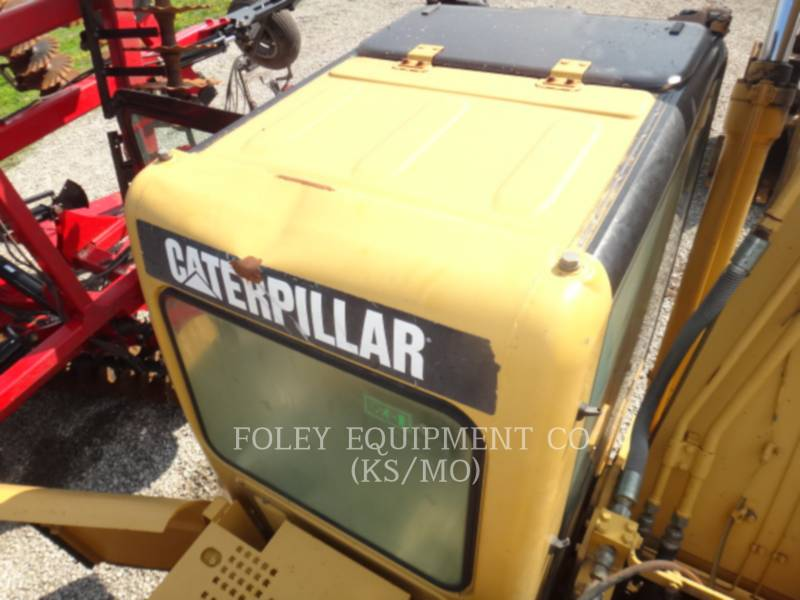 CATERPILLAR TRACK EXCAVATORS 320CL equipment  photo 12