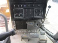 CATERPILLAR ブルドーザ D8RLRC equipment  photo 11