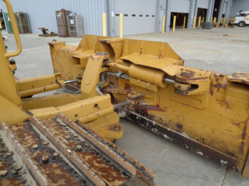 CATERPILLAR TRACK TYPE TRACTORS D6NLGP equipment  photo 20