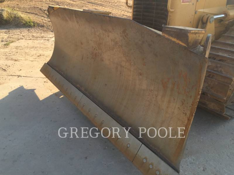 CATERPILLAR KETTENDOZER D6N equipment  photo 10