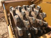 CATERPILLAR TRACTEURS SUR PNEUS 815F II equipment  photo 12