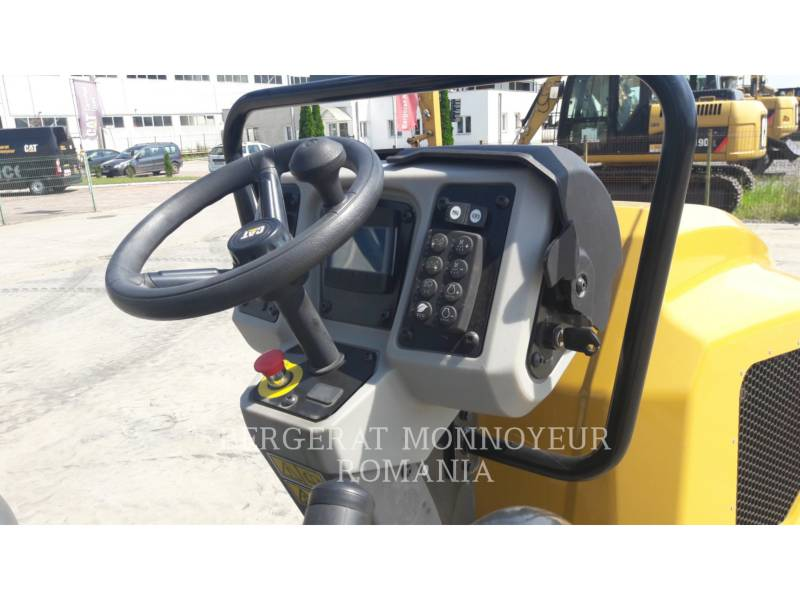 CATERPILLAR TANDEMOWY WALEC WIBRACYJNY DO ASFALTU (STAL-STAL) CB32BLRC equipment  photo 8