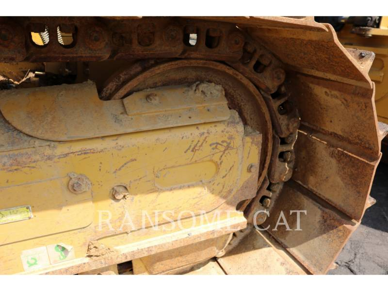 CATERPILLAR TRACTORES DE CADENAS D4K2LGP equipment  photo 12