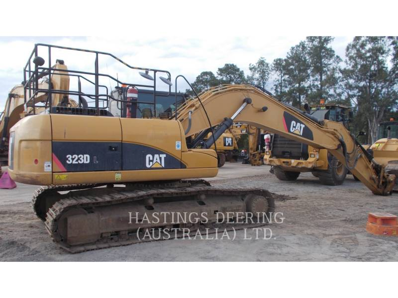 CATERPILLAR ESCAVATORI CINGOLATI 323DL equipment  photo 3
