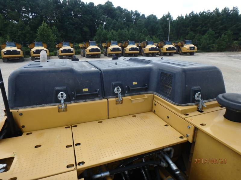CATERPILLAR KETTEN-HYDRAULIKBAGGER 349FL equipment  photo 23