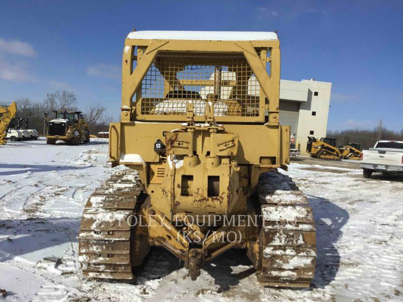 CATERPILLAR TRACTEURS SUR CHAINES D7F equipment  photo 6