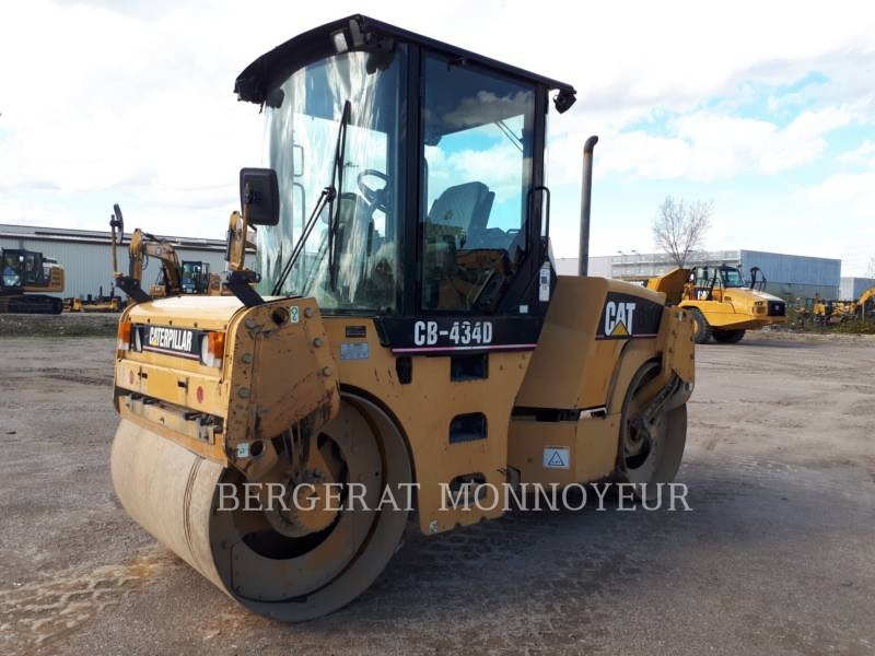 CATERPILLAR COMPACTEURS TANDEMS VIBRANTS CB-434D equipment  photo 3