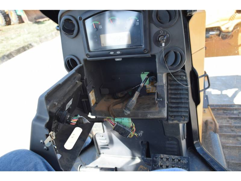 CATERPILLAR TRACK TYPE TRACTORS D 6 K2 XL equipment  photo 18