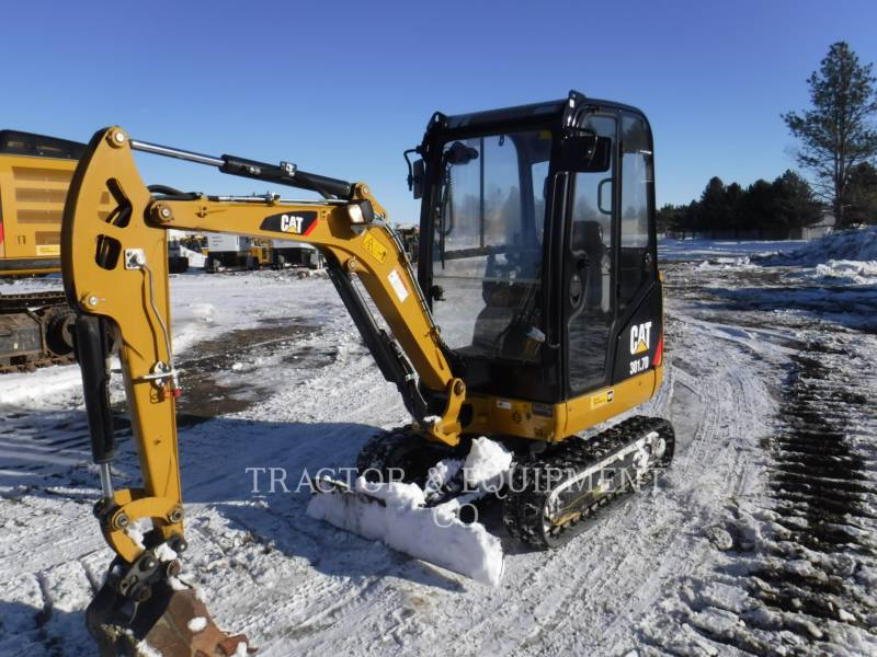 CATERPILLAR PELLES SUR CHAINES 301.7D CB equipment  photo 1