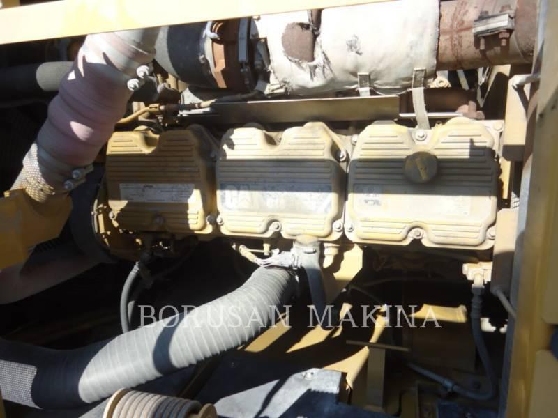 CATERPILLAR TRACK EXCAVATORS 390FL equipment  photo 4