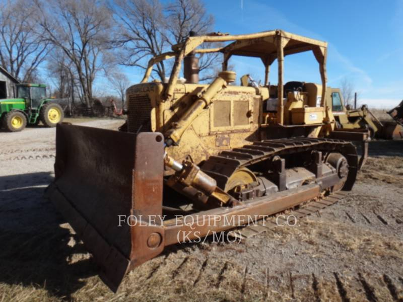 CATERPILLAR TRACTEURS SUR CHAINES D6C equipment  photo 1
