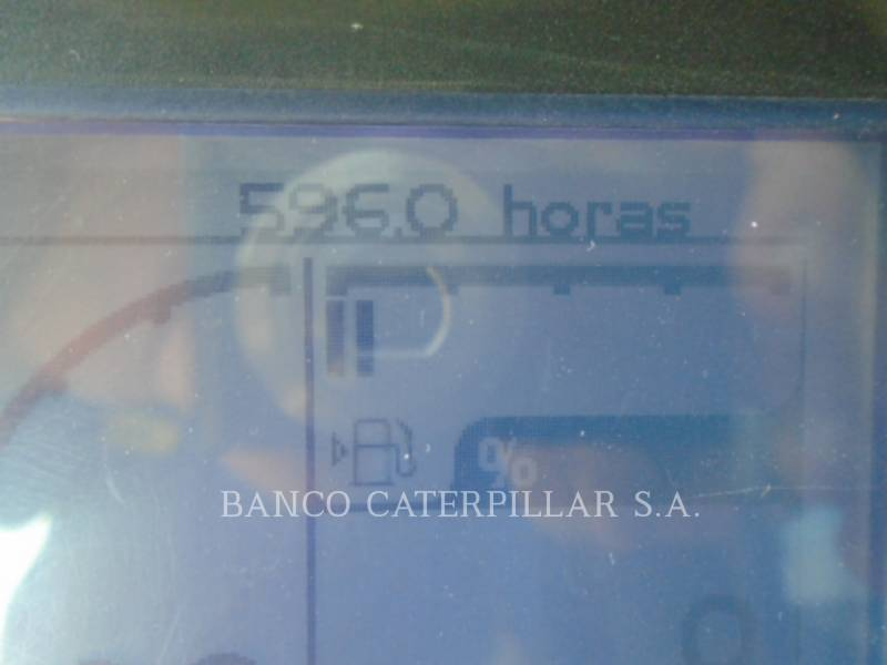 CATERPILLAR VIBRATORY SINGLE DRUM PAD CP54B equipment  photo 6