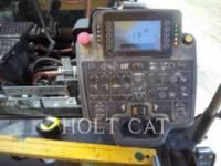 CATERPILLAR ASPHALT PAVERS AP1000F equipment  photo 12