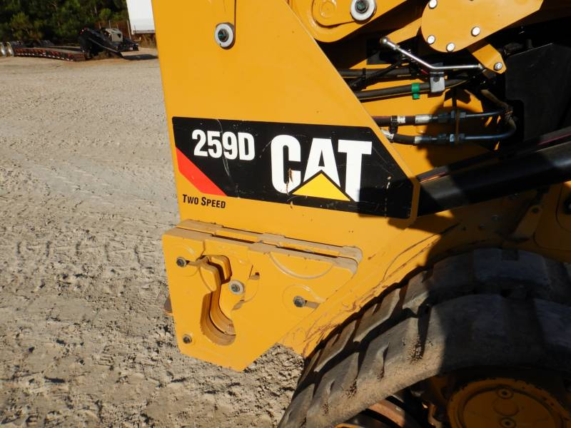 CATERPILLAR MULTI TERRAIN LOADERS 259 D equipment  photo 21