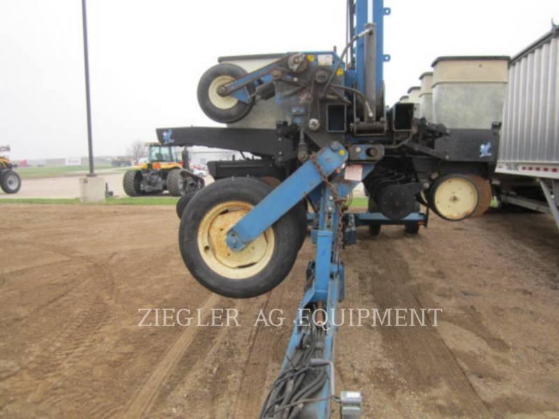 KINZE PLANTING EQUIPMENT 2300 equipment  photo 4