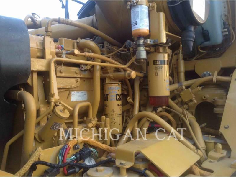 CATERPILLAR SAMOCHODY-CYSTERNY 725 WW equipment  photo 8