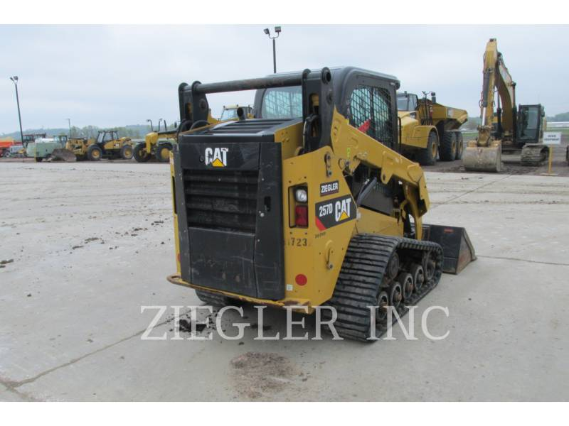 CATERPILLAR 多様地形対応ローダ 257DS equipment  photo 8